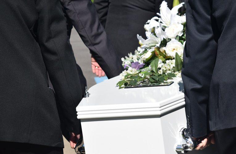 Economiseste bani apeland la servicii funerare
